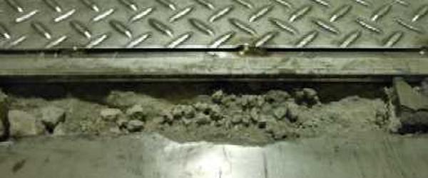 T01:すぐ割れるモルタル床から卒業
